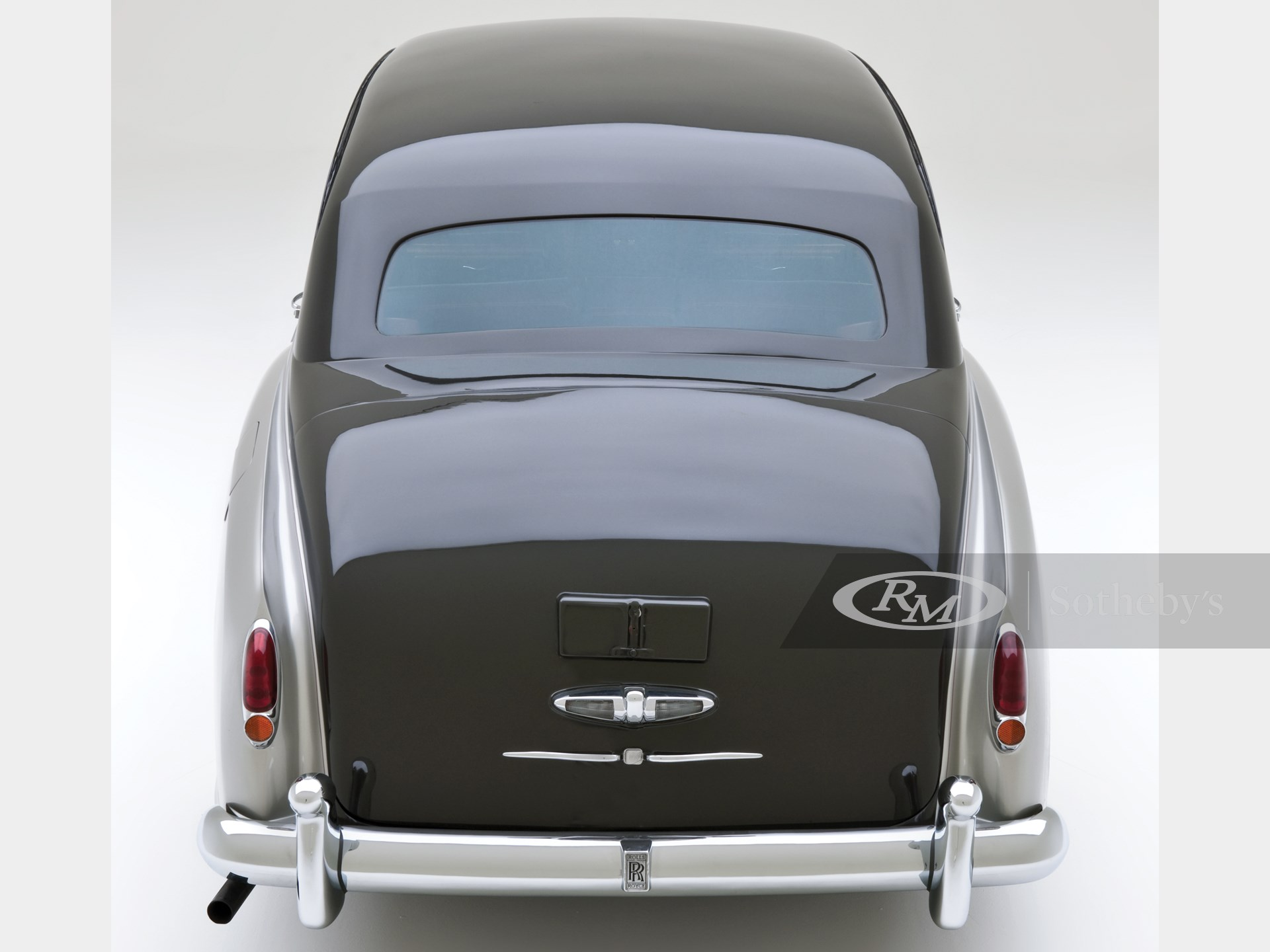 1960 Rolls-Royce Silver Cloud II Saloon by James Young -