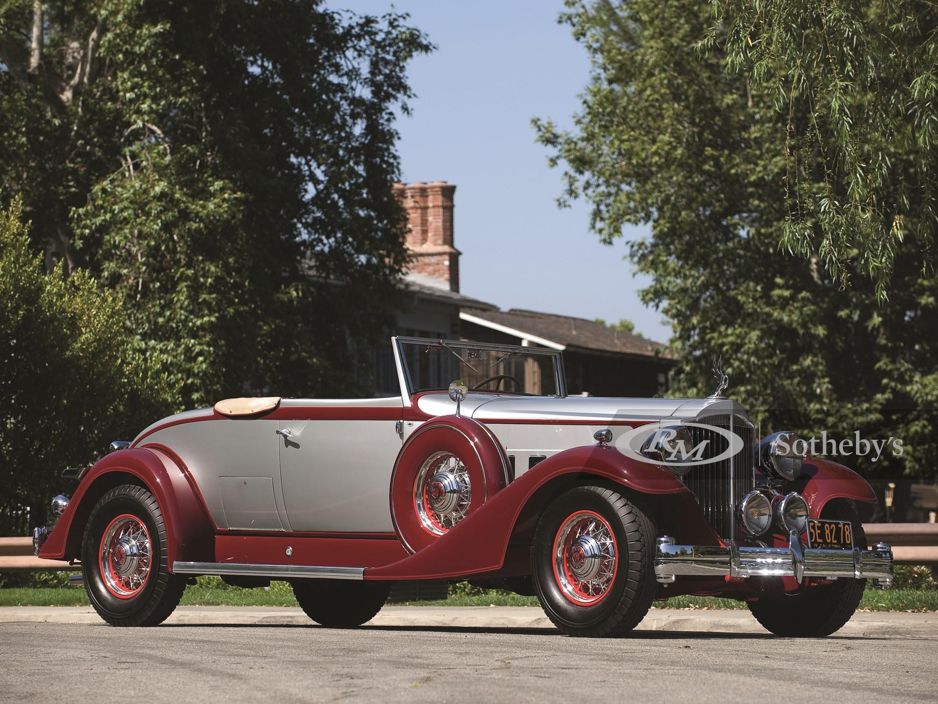 1933 Packard Twelve 2/4-Passenger Coupe Roadster