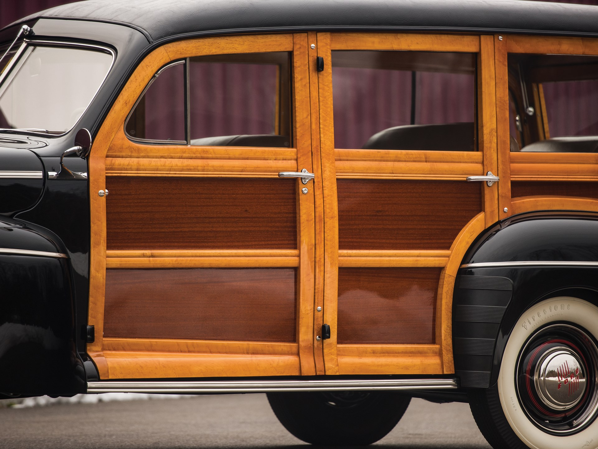 1946 Ford Super DeLuxe Station Wagon