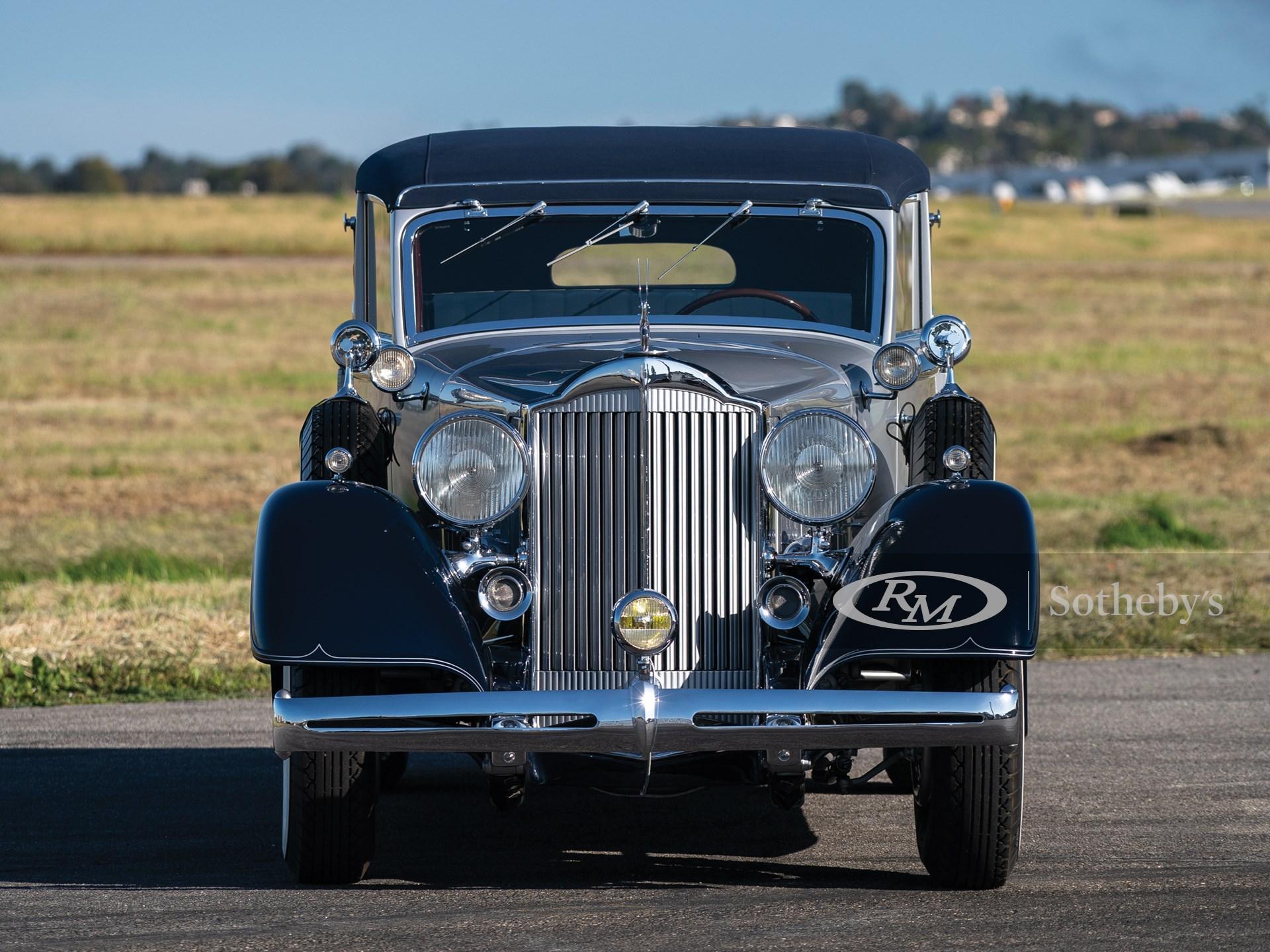 1934 Packard Eight All-Weather Cabriolet by Gläser -