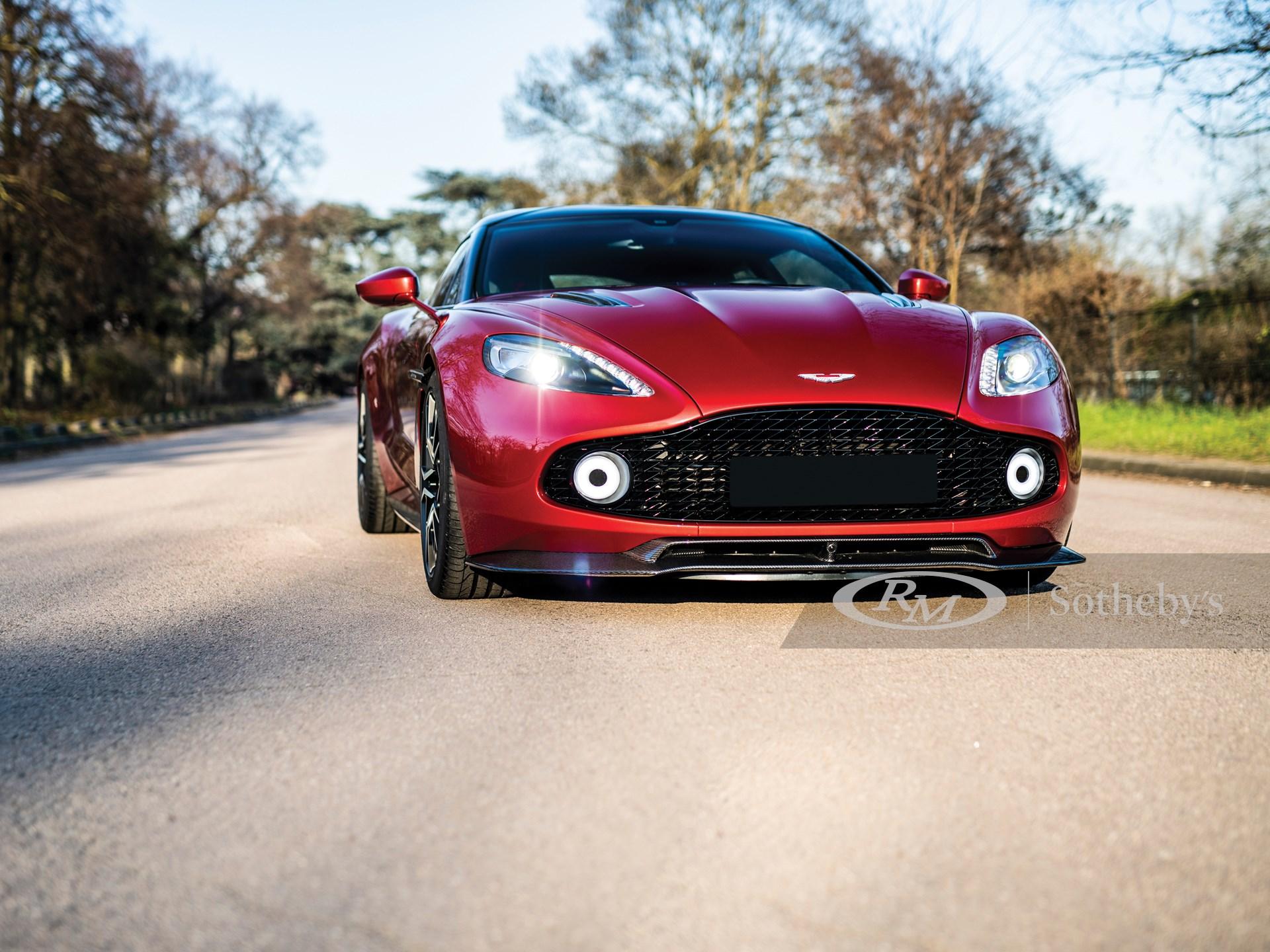 2019 Aston Martin Vanquish Zagato Shooting Brake  -