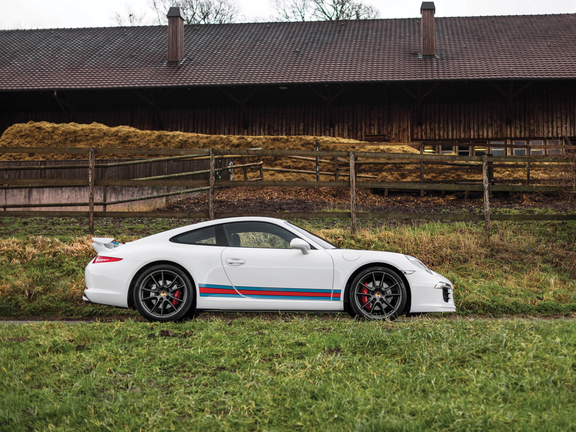 rm sotheby 39 s 2014 porsche 911 carrera s martini racing. Black Bedroom Furniture Sets. Home Design Ideas