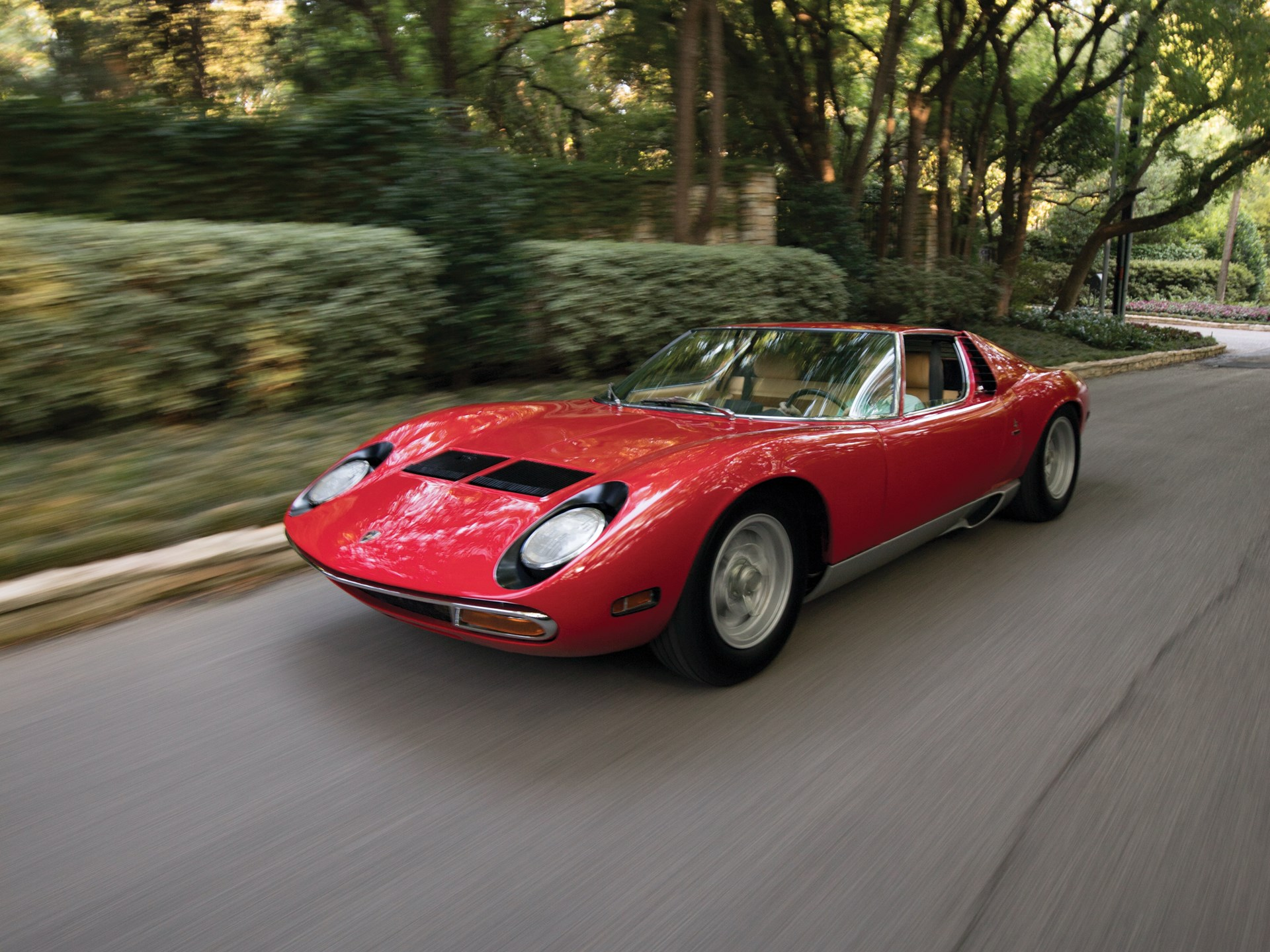 RM Sotheby\'s - 1971 Lamborghini Miura P400 SV by Bertone | Monterey 2018