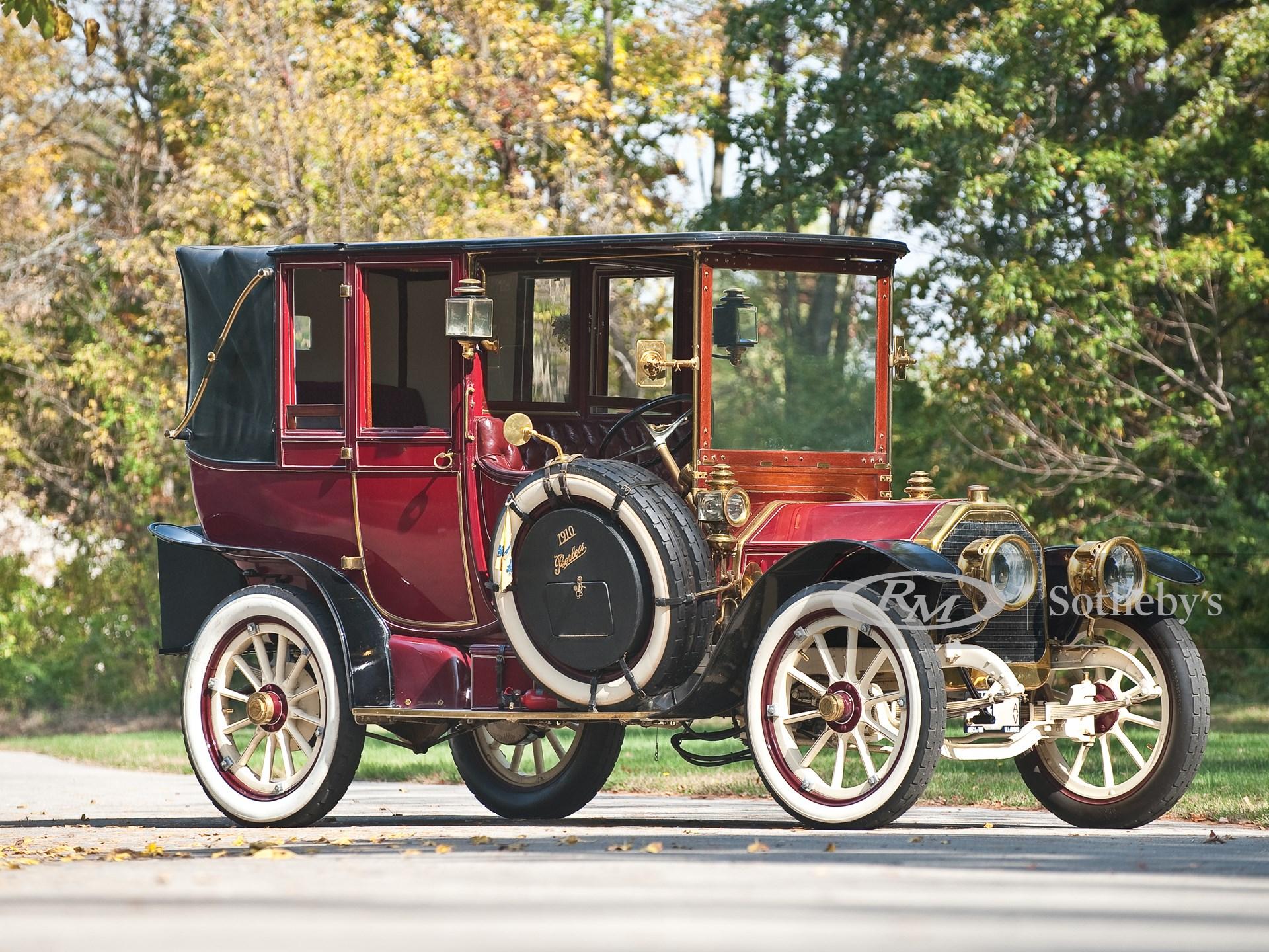 1910 Peerless 30 hp Open-Drive Landaulet by Brewster & Company
