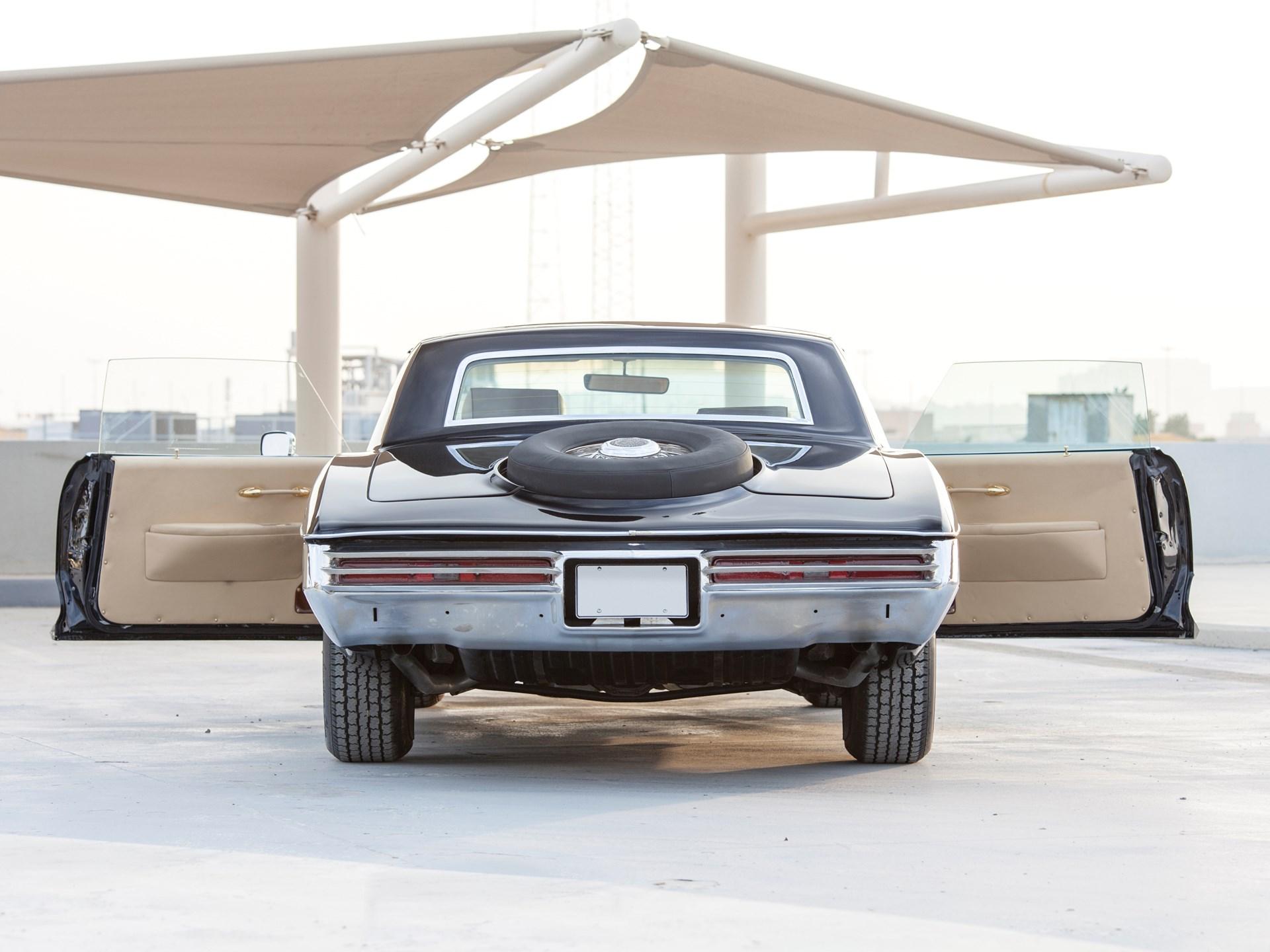 1973 Stutz Blackhawk